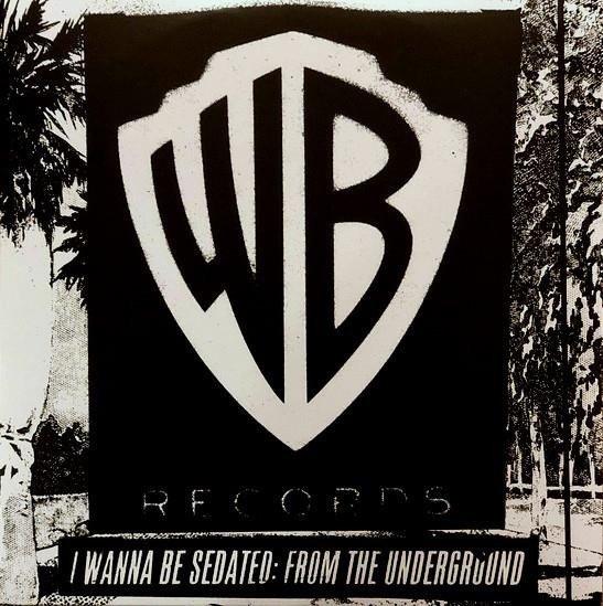 Warner Bros - co to właściwie znaczy?